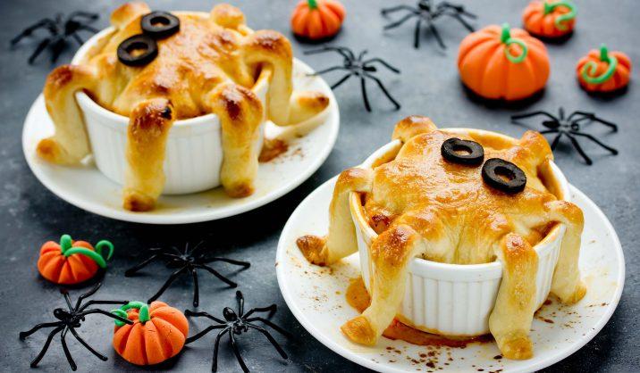 Maak een echt Halloween avondmaal met deze vispannetjes met spooky inktvistentakels!