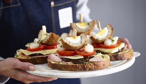 This is a fun recipe for picnics, experiment with your favourite toppings!